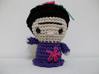 Amigurumi Frida Kahlo : Ravelry mini frida kahlo amigurumi pattern by maría cora chiaraviglio