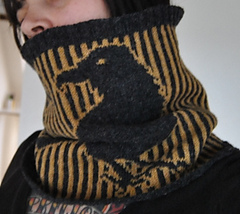 The_nevermore_cowl_003_small