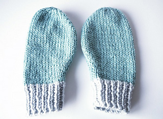 Knitting Pattern For Small Mittens : Ravelry: Easy mittens pattern by Mollie Makes