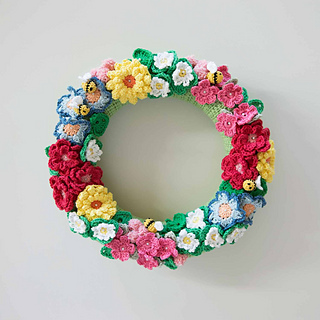 Crochet-flowers-spring-wreath-3_-mollie-makes_small2