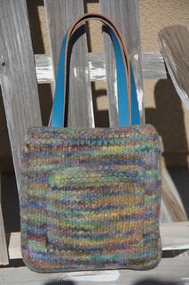 Zoe_bag_back_view_small2