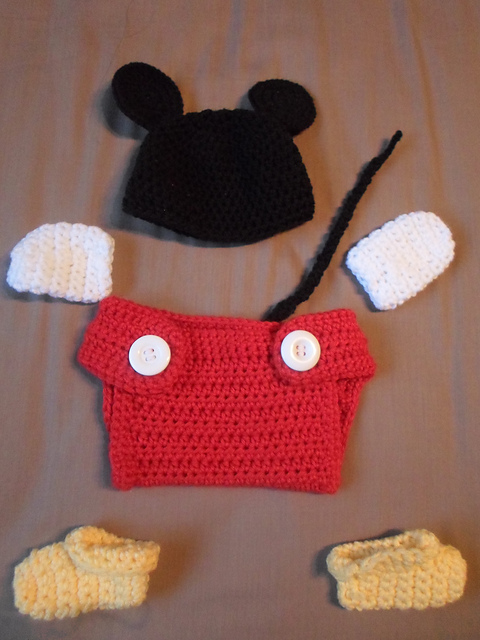 Ravelry Mickey Mouse Baby Set Pattern By Momy Soso