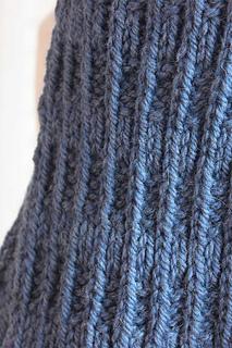Knitting_pattern_blue_mist_scarf_3_small2