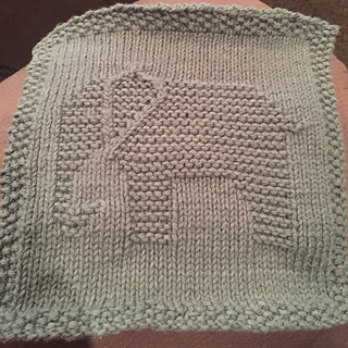 Elephant Washcloth Knitting Pattern : Ravelry: Pink Elephant Dishcloth pattern by Louise Sarrazin