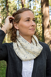 Winter_crocus_cowl_1_small_best_fit