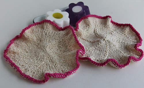 Washcloth_on_white_medium