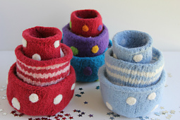 Nesting_felted_bowls_picture_1_img_2353_small_best_fit