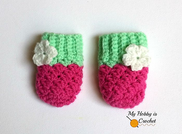 Ravelry Blooming Berry Baby Mittens Pattern By Kinga Erdem