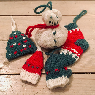 Ravelry Christmas Ornaments Pattern By Northern Lights Knitting