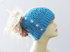 Messy_bun_hat_crochet_pattern_1_small