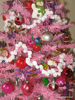 Ravelry Popcorn Christmas Garland Pattern By Natalie Clegg