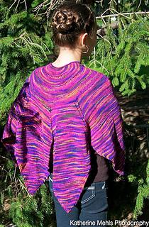Hbd-shawl-shiftingshapes_1_small2