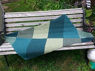 Hbd-shawl-change_1_small2
