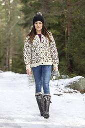 91745_9250_-jakke-med-stjerner-og-raglanfelling-640x960_small_best_fit