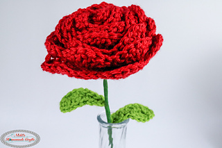 af08576a437 Ravelry  Rose with wired Stem   Leaves pattern by Nicole Riley