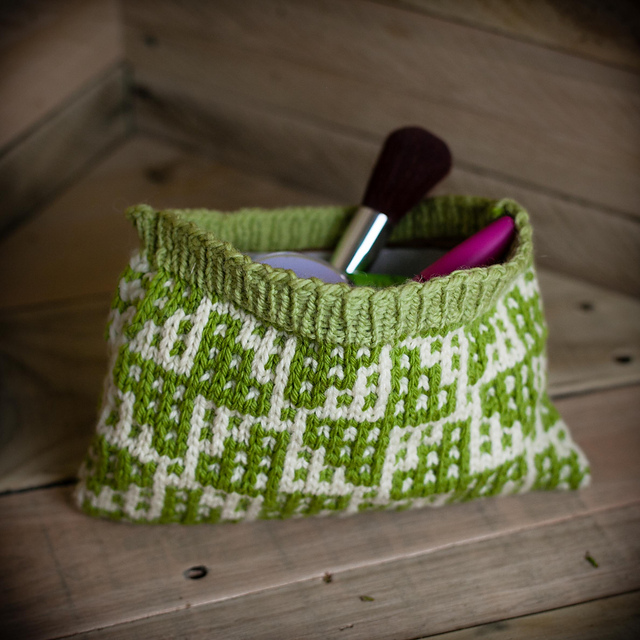 Ravelry Mosaic Butterfly Make Up Bag Pattern By Nicole F Cox