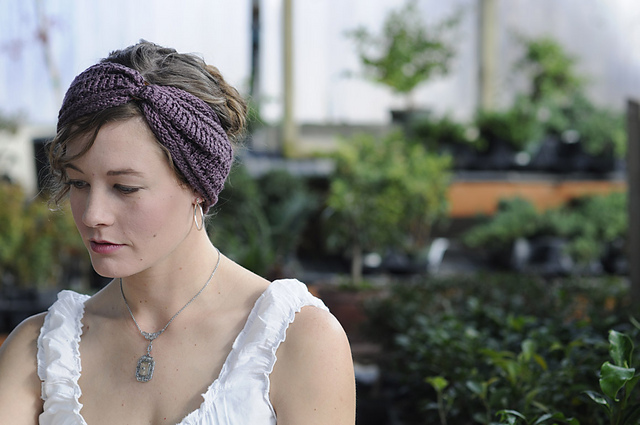 Ravelry Greta Headband Pattern By Nikki Wagner