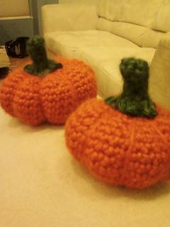 Pumpkin_crochet_small2