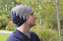 Intarsia_cable_hat_02_small_best_fit