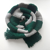 Slytherin_scarf_first_year_01_small_best_fit