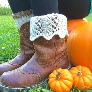 Ravelry feather lace boot topper pattern by paula mckeever dt1010fo