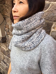 Shanknit_val_cowl-1_small