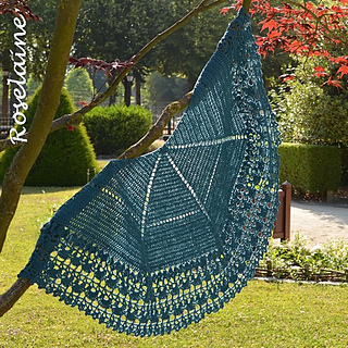 Roselaine_lacy_shawl_2_small2