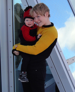 Mother_and_daughter_in_scifi_sweaters_small2