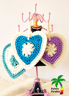 Sachets_of_love_by_pattern-paradise