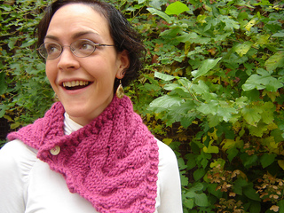 Laura_cowl_003_small2