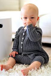 Olea_kjole_og_pyntebuks_babystrik_i_small_best_fit