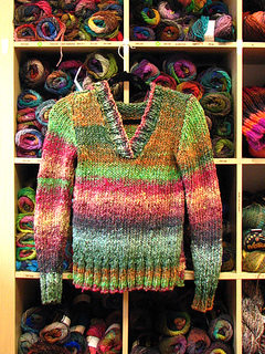 Linda_s_odori_hoodie_front_small2
