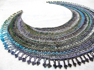 Crescent Moon Shawl Free Crochet Pattern : Ravelry: Crescent Moon Shawl (a) pattern by Mayumi Kawai ...