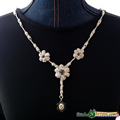 Dew_drop_necklace_square_small_best_fit