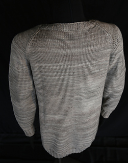 Long_sweater_back_small2