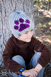 Paw_print_beanie-7_small_best_fit