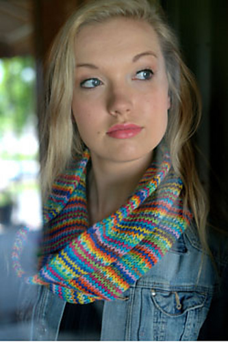 Ravelry F556 Simple Cowl Pattern By Plymouth Yarn Design Studio