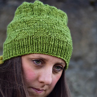 Contents_green_hat_small2