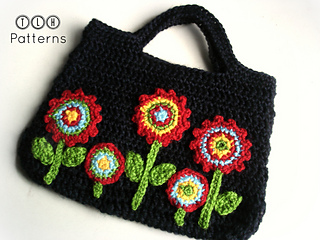 Ravelry bag with applique flowers pattern by tlh patterns