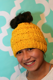 Messy_bun_hat_yellow_2_small2