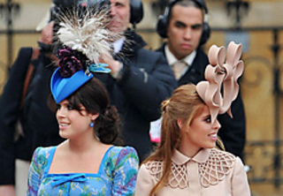Beatrice_and_eugenie_2_small2