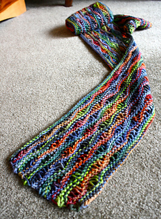 Bright_lizard_scarf_06-18-14_small2