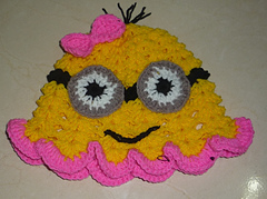 Girly_minion_hat1_small