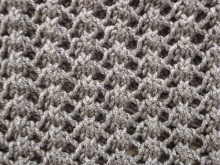 9995dadd4b5015 Ravelry  Easy Lace Cowl pattern by Donna Edgar