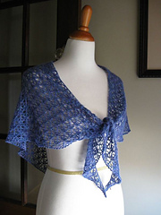 Swallows-wings-shawl-front_small