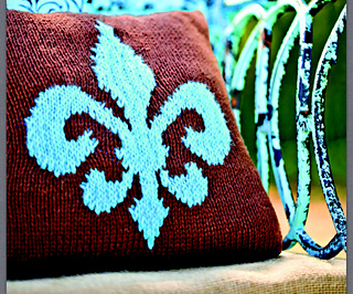 Ravelry: Fleur-de-Lis Pillow pattern by Michelle Brennan