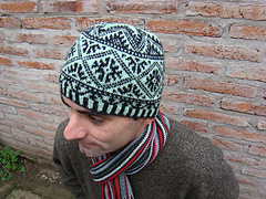 Luchita_test_knit3_small