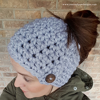 Ravelry  1 Hour Messy Bun Beanie pattern by Krista Cagle f6eedc56844
