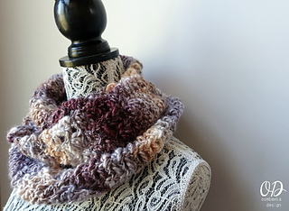 Serendipity_scarf_of_the_month_club_july_oombawka_design_small2