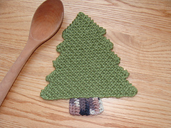 Pine_tree_trivet_-_staged_small